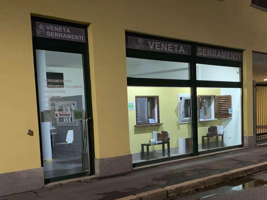 vendita e installazione finestre viale Monza Milano